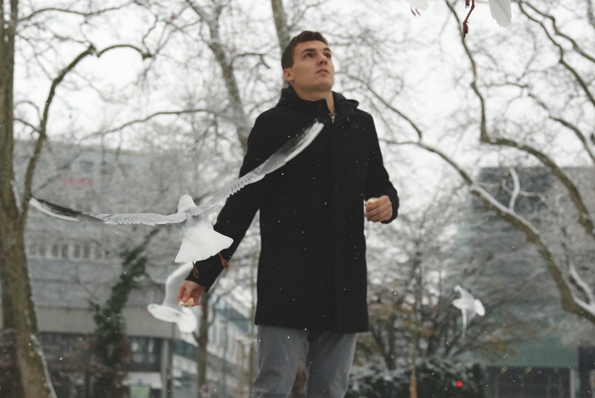 Auch wenns um ihn herum gelegentlich mal hektisch wird. Manuel Fäh ist kein Typ, der sich leicht aus der Ruhe bringen lässt (Bild: SC Kriens).